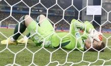 Голкипер сборной России попросил прощения за позорный гол на чемпионате мира