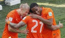 Нидерланды выиграли битву за первое место в группе В