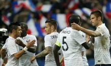 """Франция разбомбила """"викингов"""" в Париже"""