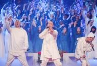 """Гурт Mozgi вразив незвичним виконанням хіта """"Любовь"""" на Карнавалі """"Світського життя"""""""