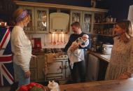 Ресторатор Дмитро Борисов показав Катерині Осадчій свій курник, дім та плиту за 9 тисяч фунтів стерлингів