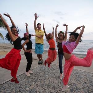 Як кубинці та Комаров танцювали румбу під