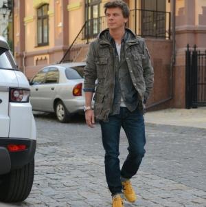Якому стилю надає перевагу екстремал Дмитро Комаров поза джунглями (ФОТО)