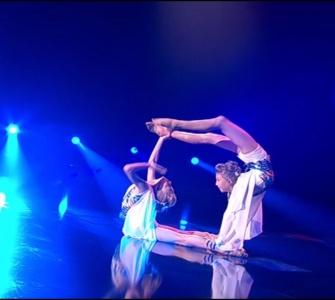 Команда Фреймут. Танцюристи: Єва Усова та Анастасія Бєлоус