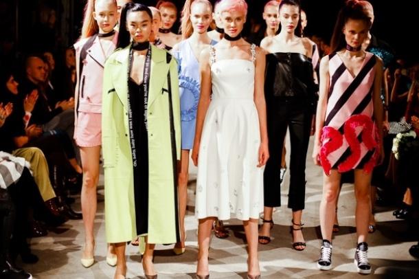 Найяскравіші модники Ukrainian Fashion Week: хто у чому засвітився на показах