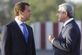 Вірменія і Азербайджан обміняються полоненими