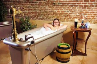 Британців попросили відмовитися від купання у ванній