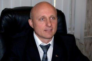 Мер Немирова, якого піймали на хабарі, оголошений у міжнародний розшук
