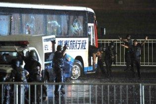 Під час штурму захопленого на Філліпінах автобуса загинуло вісім туристів
