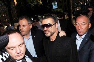 Джорджа Майкла покинув бойфренд через наркотики