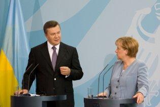 Янукович: безвизовый режим с ЕС - вопрос ближайшего будущего