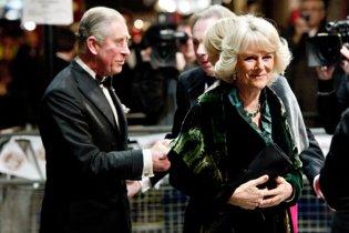 Принц Чарльз і його дружина з благодійною місією відвідали місця погромів у Лондоні