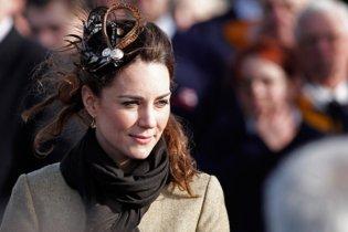 """Британця покарали за те, що він назвав наречену принца """"самовдоволеною коровою"""""""