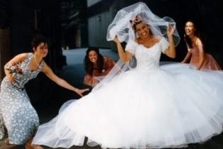 Кількість українок, що хочуть заміж за іноземця, зросла у 1,5 рази