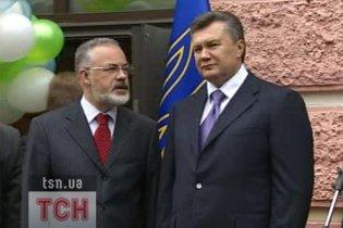 Янукович вважає, що освіта знаходиться у важкому стані