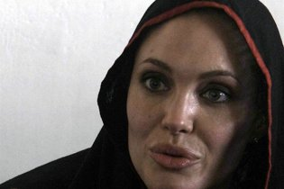Анджелине Джоли не разрешили снимать фильм в Боснии