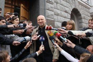 Турчинов прибув до Генпрокуратури на допит