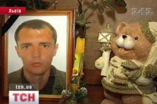 Во Львове после ночи в райотделе милиции умер мужчина