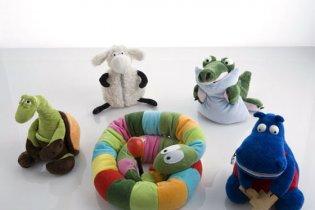 Немецкие дети будут играть с психически больными игрушками