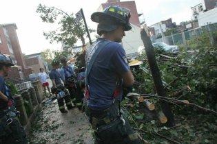 Нью-Йорк остался без света в результате сильной бури