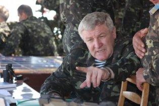 Министр обороны рассказал, как борется с дедовщиной в армии
