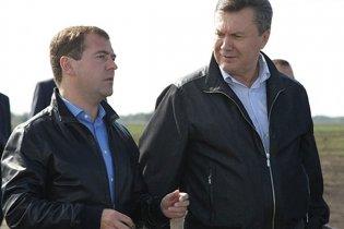 Янукович поїде в Сочі до Мєдвєдєва