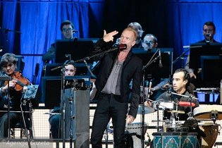 Стінг з політичних мотивів відмінив концерт в Казахстані