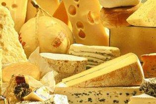 Сыр в Украине подорожает до 100 гривен за килограмм