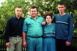 Сыновьям Януковича выделили землю в Донецке