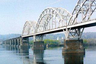 """Форсированное строительство """"моста Кирпы"""" угрожает Выдубицкому монастырю"""