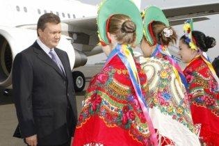 """Охорона Януковича """"почистила"""" фотоапарат донецької журналістки"""