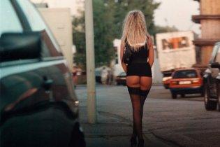 Почти 20% украинских студентов готовы зарабатывать деньги проституцией