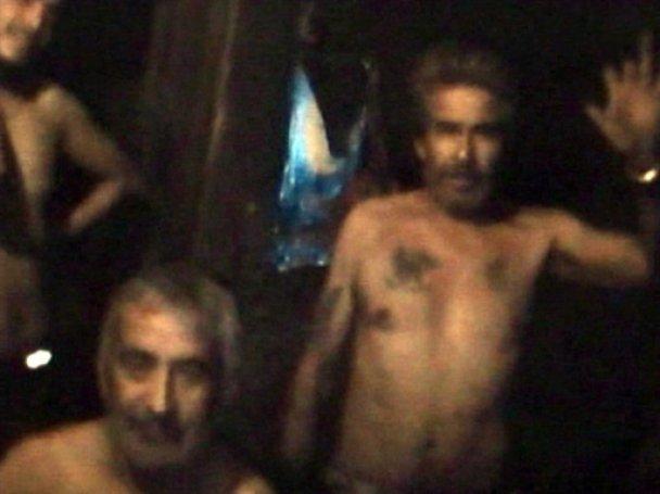 Чилійський шахтар з-під землі запропонував одружитись бабусі своїх онуків
