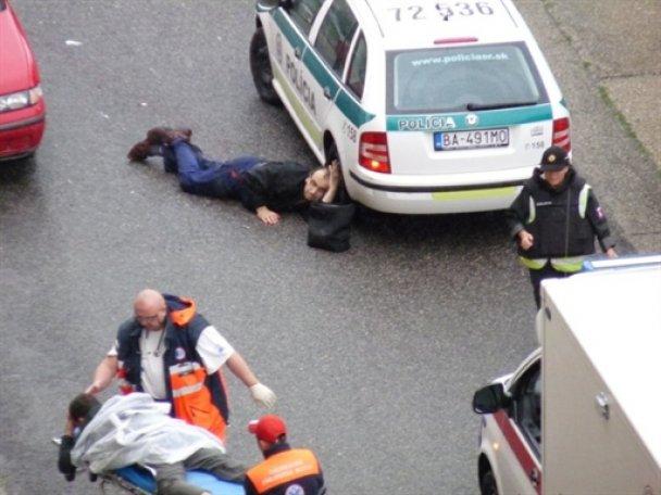 Стрельбу в Братиславе устроили четыре преступника