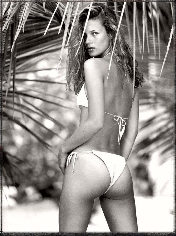Кейт Мосс разделась для новой рекламной кампании