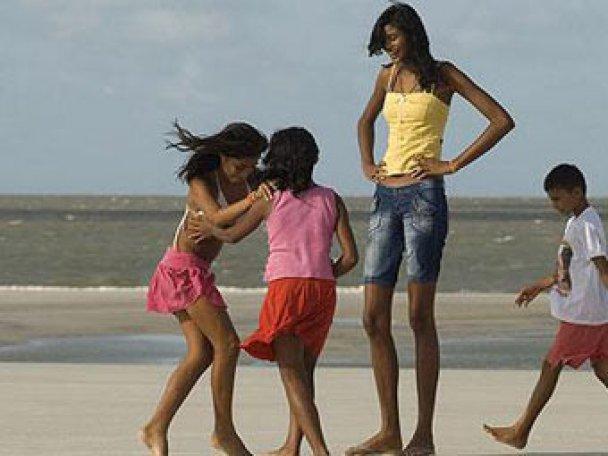 В Бразилии живет самая высокая школьница в мире