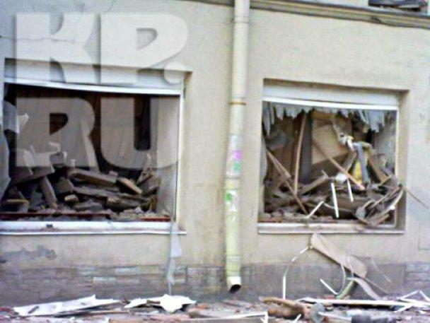 В центре Петербурга обрушились перекрытия восьмиэтажного дома