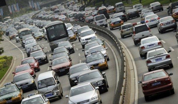 Длина гигантского затора в Китае превысила 120 км