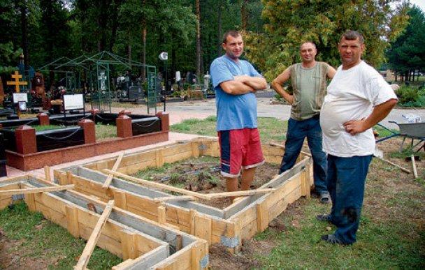 Жириновский приобрел себе могилу за 2 миллиона