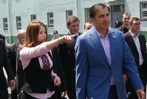 "В Грузии обнародовали фото ""любовниц"" Саакашвили"