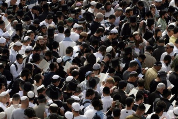 Умань заполонили більше 20 тисяч хасидів