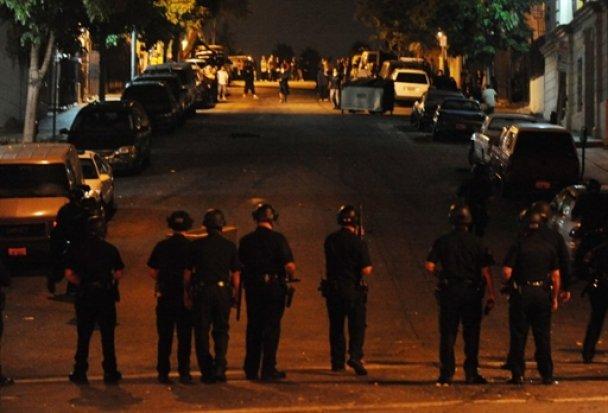 Лос-Анджелес охопили заворушення через вбивство поліцейськими іммігранта