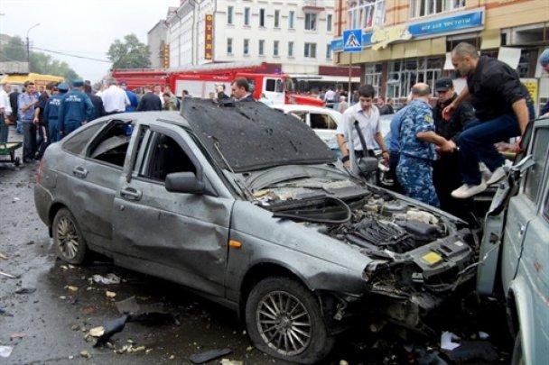 """Мєдвєдєв пообіцяв знайти """"уродов"""", які організували теракт у Владикавказі"""