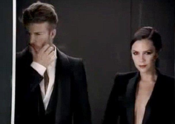 Подружжя Бекхемів віддалося пристрасті у ліфті (відео)