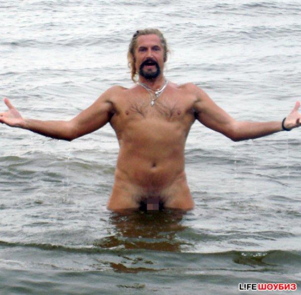 Джигурда роздягнувся догола на пляжі Юрмали