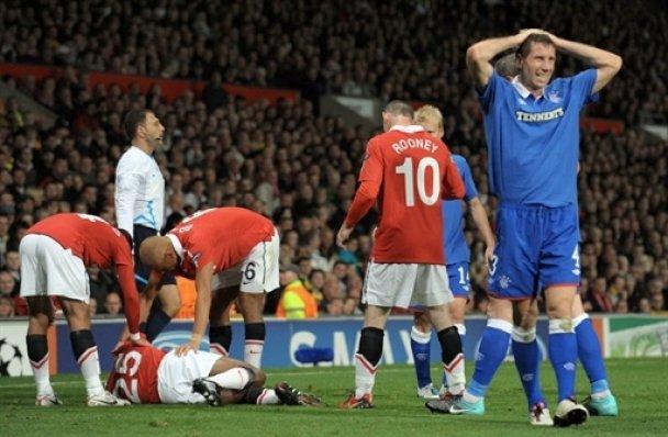 """Гравець """"Манчестер Юнайтед"""" зламав ногу у матчі Ліги чемпіонів"""