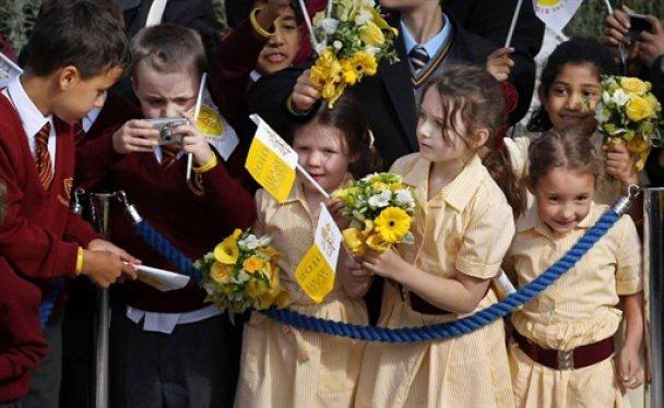 Під час візиту Папи Римського до Британії планувався теракт