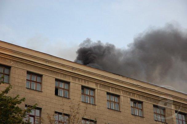 Пожежу в харківському університеті імені Каразіна загасили