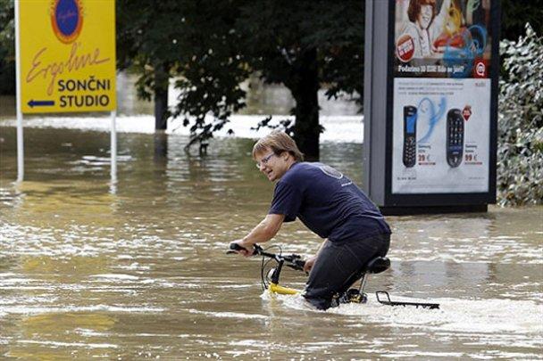 Из-за наводнения Любляна превратилась в Венецию