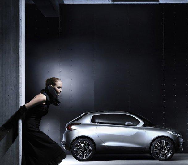 Peugeot представила будущего конкурента Nissan Juke